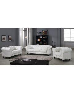 Ampio divano bianco Chesterfield a 3 posti
